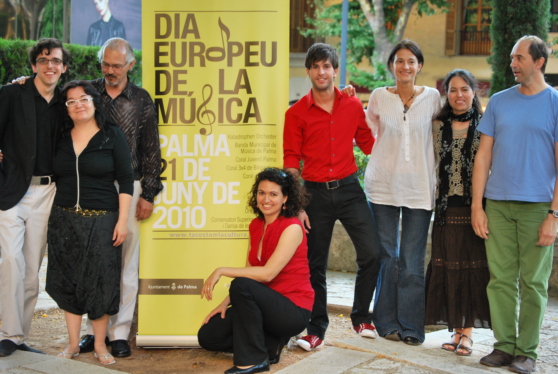 Dia internacional de la música con la participación de la escuela de música renacimiento
