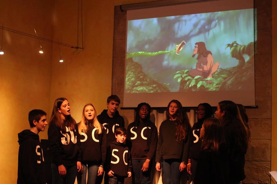 Concierto de canciones de Disney de la academia de música renacimiento